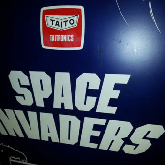 arcade_classics_space_invaders1