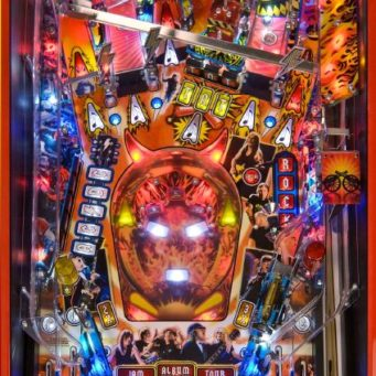 ac-dc-premium-limited-edition-pinball-machine-playfield2-stern-pinball